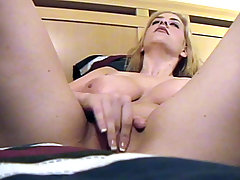 Giant tit girlfriend lays down and treats her pussy to a finger dance